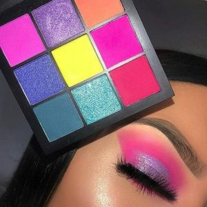 HUDA BEAUTY Makeup - Huda Beauty Electric Obsessions Eyeshadow Palette